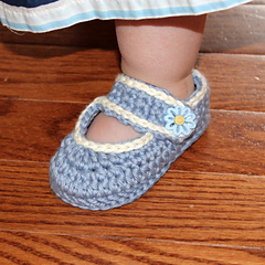 Blue_mary_janes_cropped_003_small