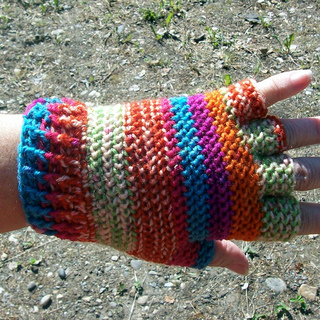 Fingertip_gloves_008_small2