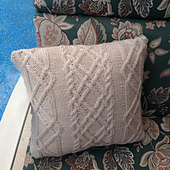 Trellis_pillow1_small_best_fit
