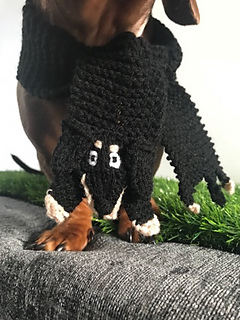 Ravelry Dachshund Dog Scarf Pattern By Emma Whittle
