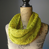 Spring_lace_infinity_scarf_2_small_best_fit