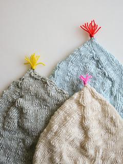 Pointy-hats-newborns-600-2_small2
