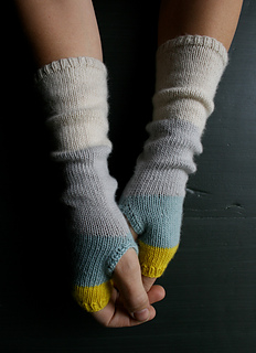 Ravelry Colorblock Handwarmers Pattern By Purl Soho