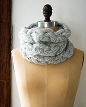 Braided-cable-cowl-600-10-352x441_small_best_fit