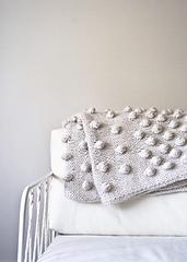 Falling-bobbles-blanket-600-11_small