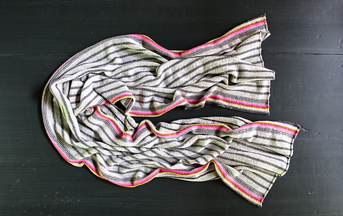 Ticking-stripe-wrap-600-22-699x441_medium