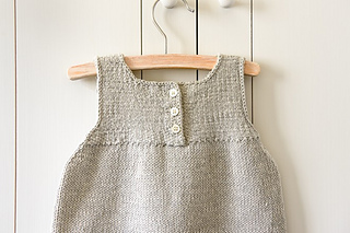 Clean-simple-baby-dress-600-28-661x441_small2