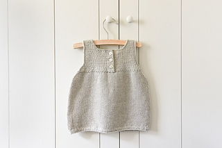 Clean-simple-baby-dress-600-29-661x441_small2