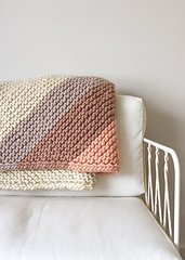 Colorful-corner-blanket-600-10_small