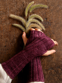 Slouchy-hand-warmers-425_small2