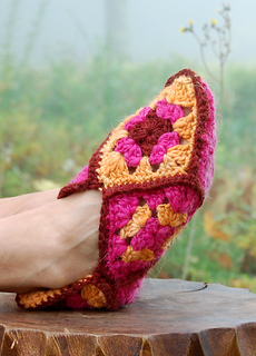 Granny-square-slippers-34_small2