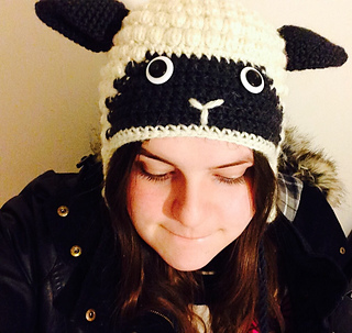 Ravelry  Sheep hat pattern by Vanessa Mooncie 1ffd50ff16c