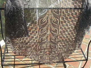 Lirio_shawl_2__1__small2