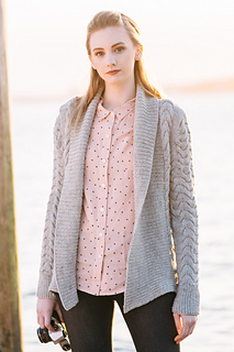 Quince-co-pierside-hannah-fettig-knitting-pattern-lark_1_small2