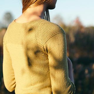 Quince-co-nina-dawn-catanzaro-knitting-pattern-willet-2-sq_small2