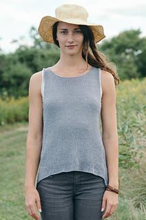 Quince-co-broadturn-isabell-kraemer-knitting-pattern-kestrel-1_small2