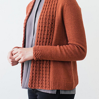 Quince-co-lassi-elizabeth-smith-knitting-pattern-chickadee-4-sq_small2