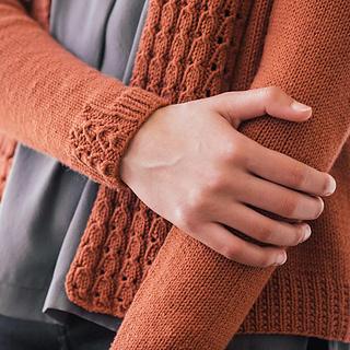 Quince-co-lassi-elizabeth-smith-knitting-pattern-chickadee-3-sq_small2