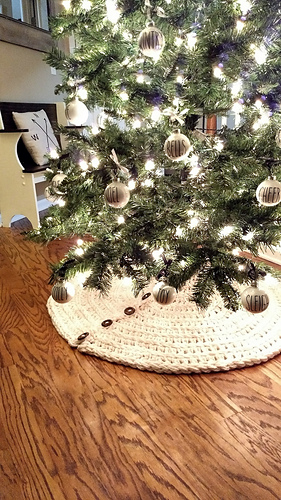 Farmhouse Christmas Tree Skirt Pattern By Cozy Nooks Designs