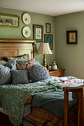 Doily_pillow_1_small_best_fit