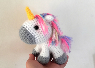 Amigurumi Unicorn : Ravelry chibi unicorn amigurumi pattern by aegean drawn