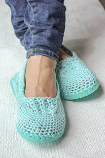 Free-crochet-slipper-pattern-flip-flops-15_small2