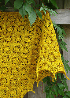 Ravelry_8_faux_cable_shawl_small2