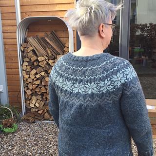 7__malou_sweater_von_maschinistin__small2