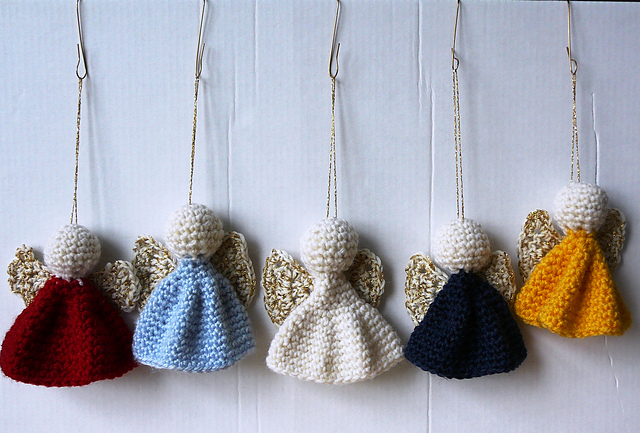 Free Amigurumi Angel : Ravelry: quick and easy christmas ornament pattern by roswitha mueller