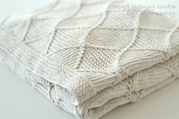Main_image_baby_diamond_blanket_knitting_pattern_linda_whaley_small_best_fit