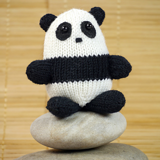 Panda_knitting_pattern_small2
