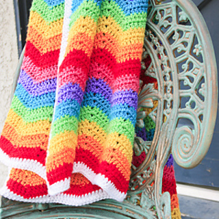 Knitting Pattern Rainbow Blanket : Ravelry: Lulus Rainbow Ripple Baby Blanket pattern by ...