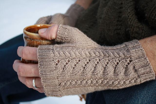 Ravelry: White Caps Fingerless Gloves pattern by Simone Van Iderstine