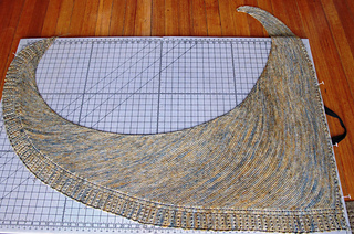 Side_by_side_shawl_img_6128_small2