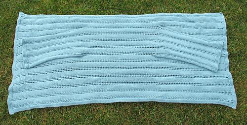 Cardigan_shawl__flat_medium