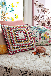 Crochet_cushion_small_best_fit