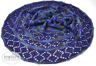 Baikal-shawl-in-circle_small2