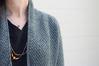 Laurel_neck_detail_small2