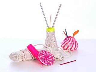 Weave031399424sa_small2