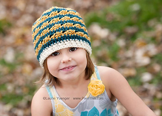 Unise_x__striped_beanie_lyp_small2