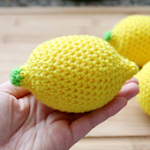 Crochet-lemon-stress-ball-pattern-1024x1024_small_best_fit
