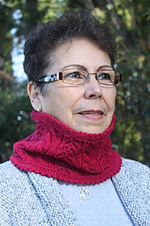 Redcowl1_small2