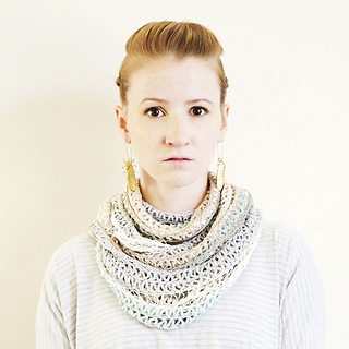 Bethesda_cowl_091_square_small2