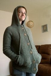 Bella_sweater_small_best_fit