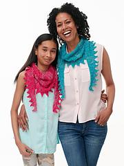 Patons-mom-_-daughter-crochet-kerchief-scarves_8457j_small