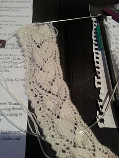 Wheatear_knitted_lace_border_small2