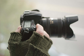 Gloves_and_camera_small2