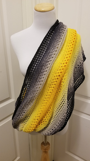 Ravelry Giana Mobius Scarf Pattern By Silver Rose Studio