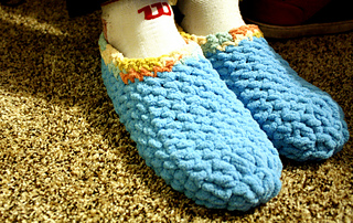 Free Crochet Patterns With Bulky Yarn : Ravelry: Mens Super Bulky Slippers pattern by Lacie Nichols