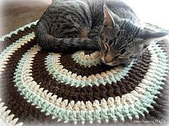 Mochi_acrylic_blanket2_small